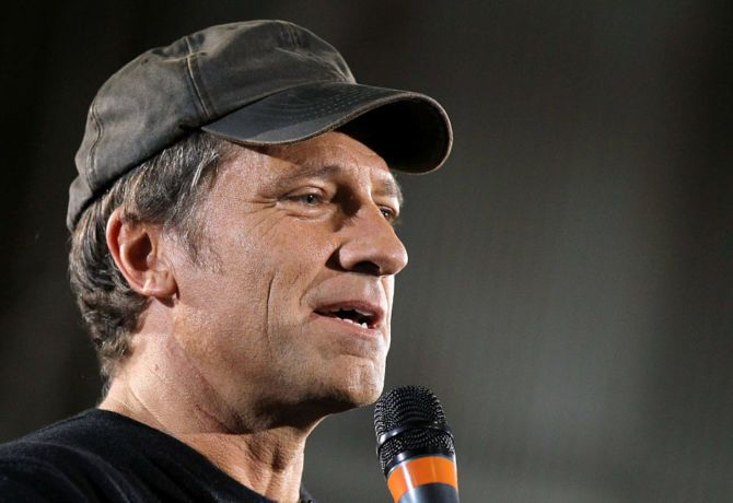 Mike Rowe Gives Epic Response to Vegas Shooting