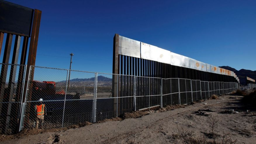 Build the Wall!, solar panel border wall