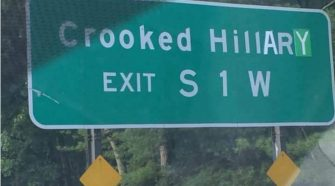 New York Vandals Deface Sign to Read 'Crooked Hillary'