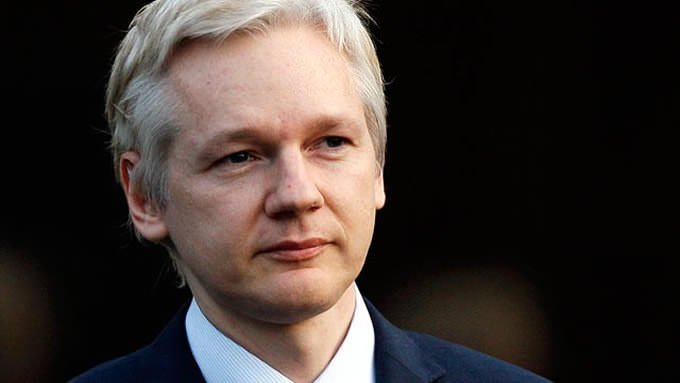 Julian Assange Has Proof Russia Didn't Hack the DNC