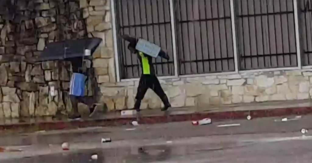 Looters Open Fire on Rescue Team For Hurricane Harvey
