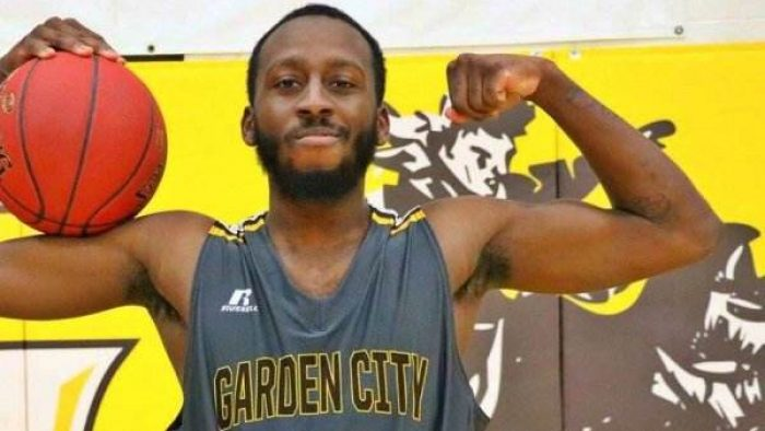 Muslim College Basketball Player Disrespects National Anthem