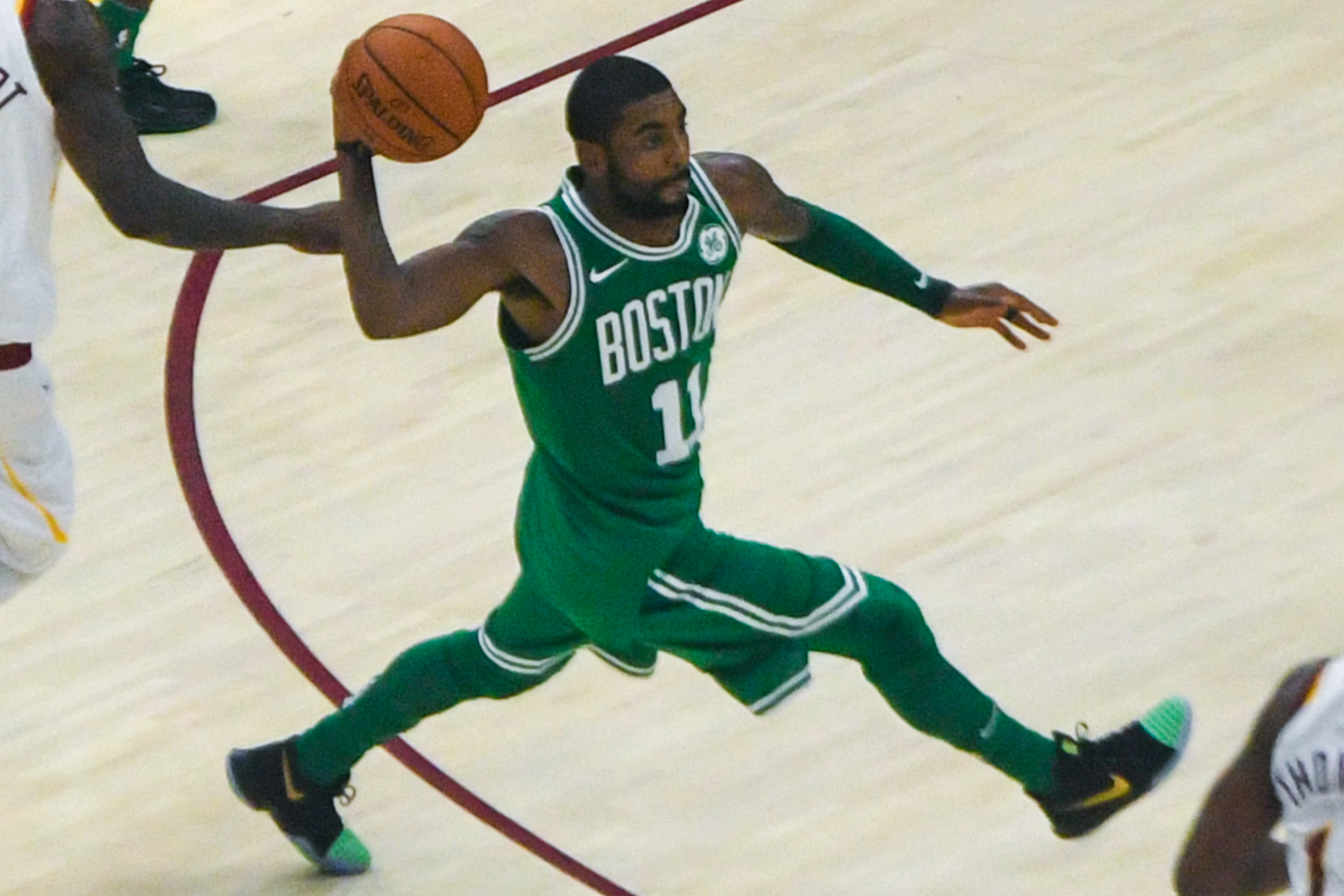 Flat-Earther Kyrie Irving Doesn't Think Of Christmas As A Holiday