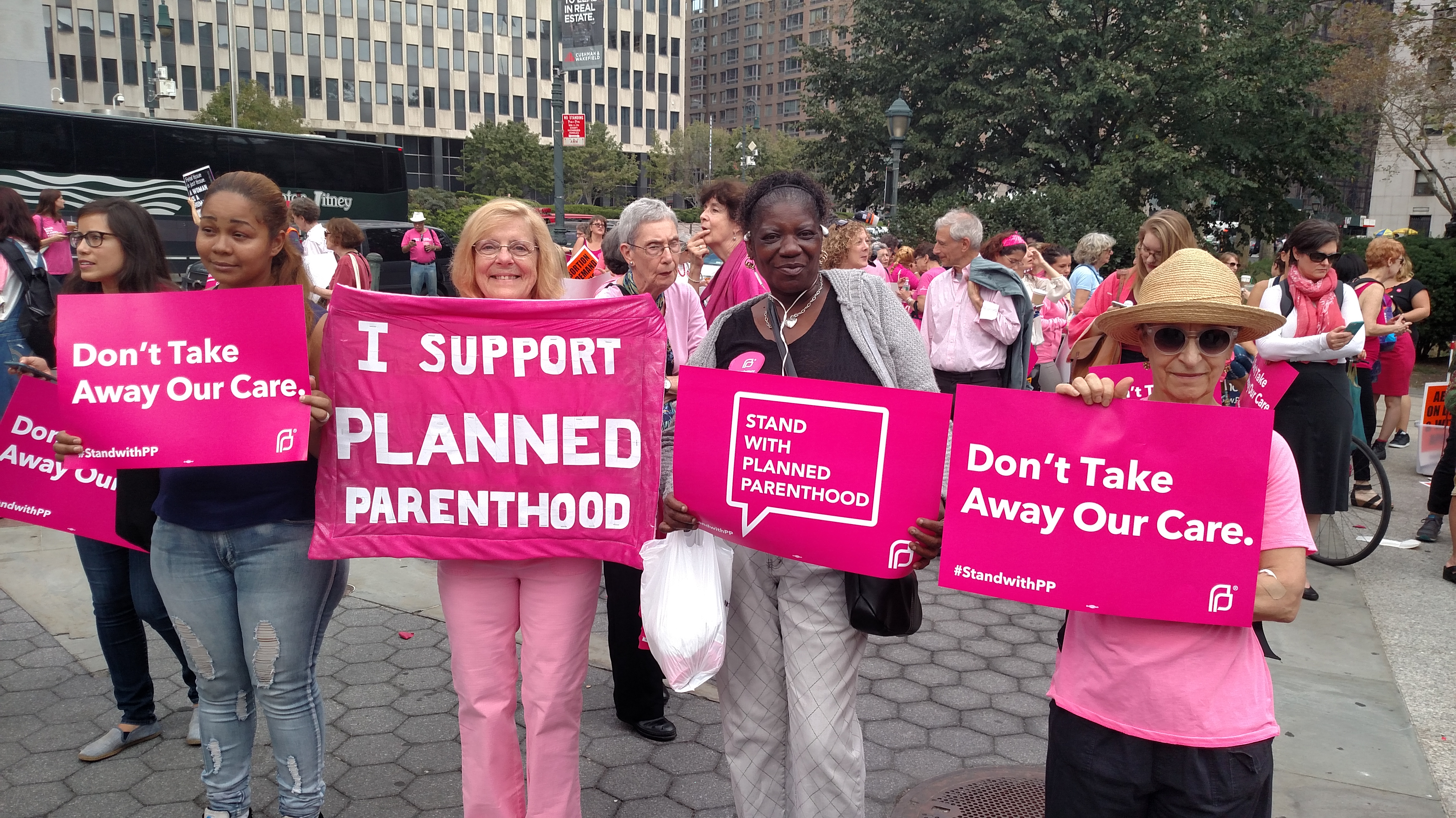 Iowa Planned Parenthood Loses Taxpayer Funding, Closes