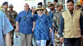 Hillary Clinton Suffers Injury After Slipping In India Resort Bathtub