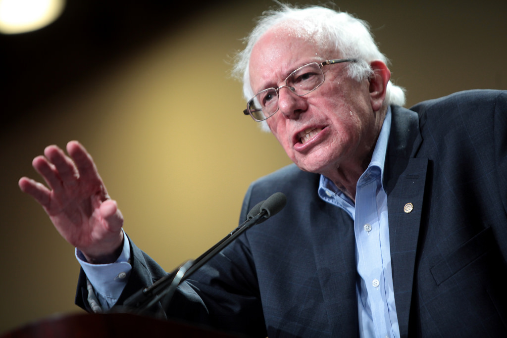 Bernie Sanders Addresses Anti-Gun Teens While Surrounded By Armed Guards - VIDEO