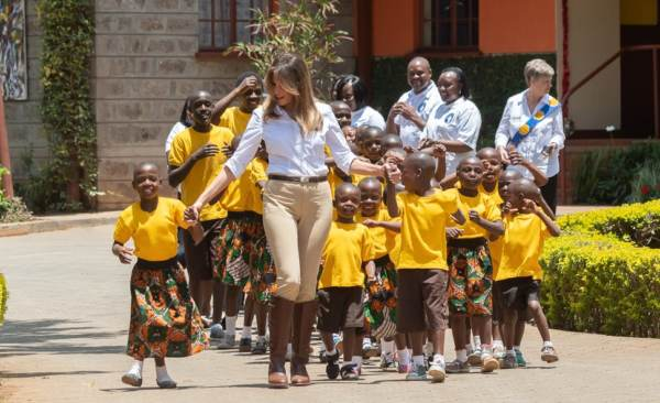 Beautiful First Lady Melania Tours Africa