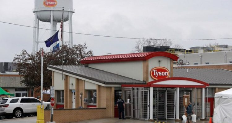 890 workers tyson
