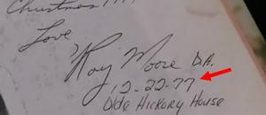 Fake Signature? Analyst Says Judge Roy Moore Signature Forged In Gloria Allred Accuser's Yearbook