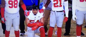 One NFL Player Kneeled During The Anthem On Thanksgiving - Here He Is